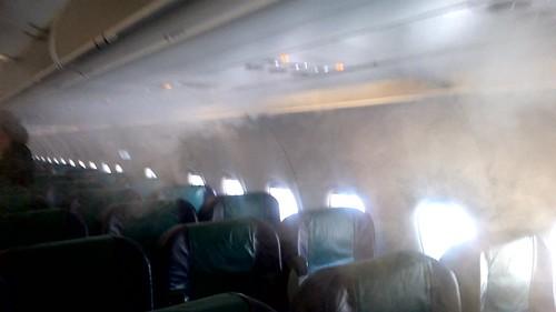 Niebla en cabina de avión de Cebu Pacific