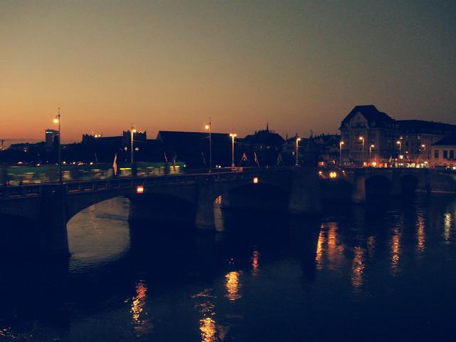 Basel bei Nacht