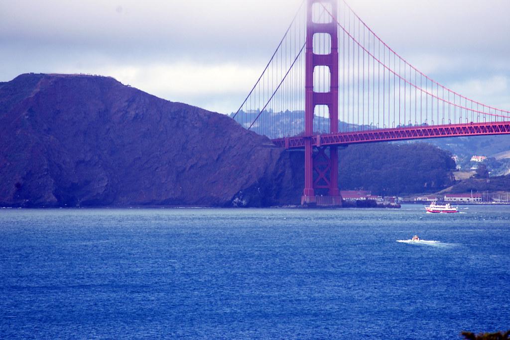 Examples of federal legislative jurisdiction within California