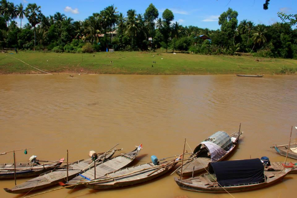 #travelbloggerindia #cambodia #battambang #cambodiatravelblog