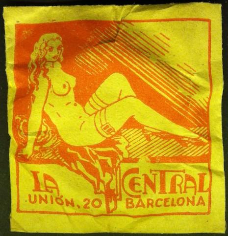 仕女、裸女肖像營造優雅形象 1910 到 1950 年的復古保險套包裝13
