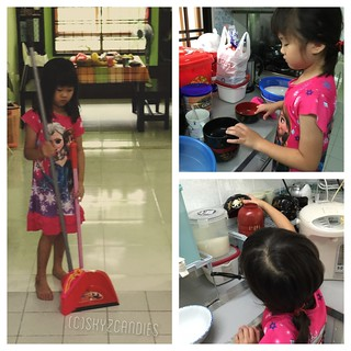 My eldest one has started to help me with the housework these days. As much as I do not want to burden her with housework, she told me that in school, she learnt that she must help me with housework. How to reject her? Hee... #blog