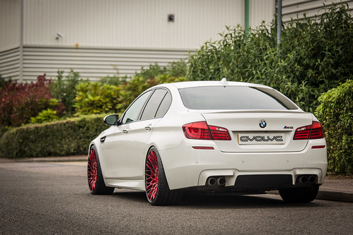 Wallpaper F10 M5 Great White
