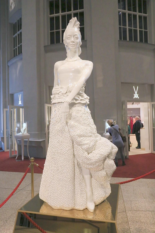 Saxonia, Saxon statue of liberty, Haus Meissen, Meissener Porzellan, Staatliche Porzellan-Manufaktur Meissen, Meissen, Sachsen, Saxony, Germany, fotoeins.com
