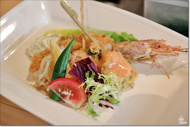 20236652461 ac47778016 z - 『熱血採訪』本壽司sushi stores-職人專注用心的日本料理精神,精緻生猛海鮮無菜單料理。情人節&父親節雙人套餐超值推出,道道是主菜,處處有驚喜。