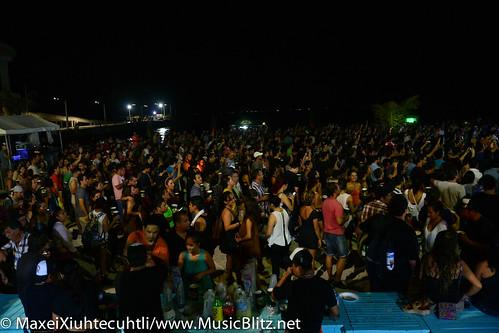 La Lupíta @Playa Rocks