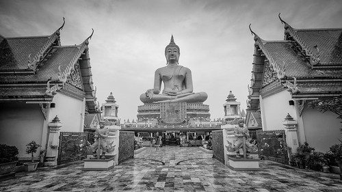 amazingthailand architecture asia asiatrip buddhism bw cult discoverasia discoverthainess igthailand ilovethailand leaningtower lostinthailand temple th thailand thailandtrips tourism travel trip turismo unlimitedthailand viaggiare viaggio monochrome black white