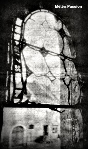 vitrail de l'église de Jonvelle soufflé par l'orage du 11 août 1958 météopassion