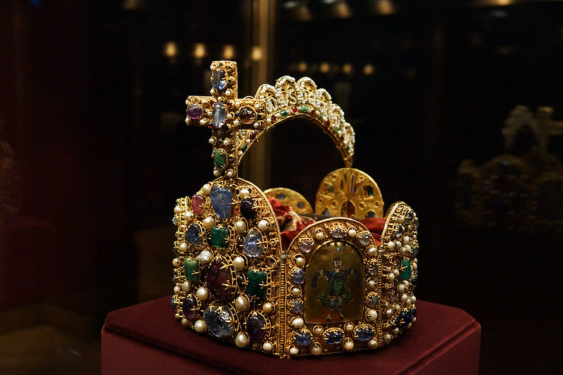 The imperial crown of the Holy Roman Empire in the Imperial Treasury at the Hofburg, Vienna