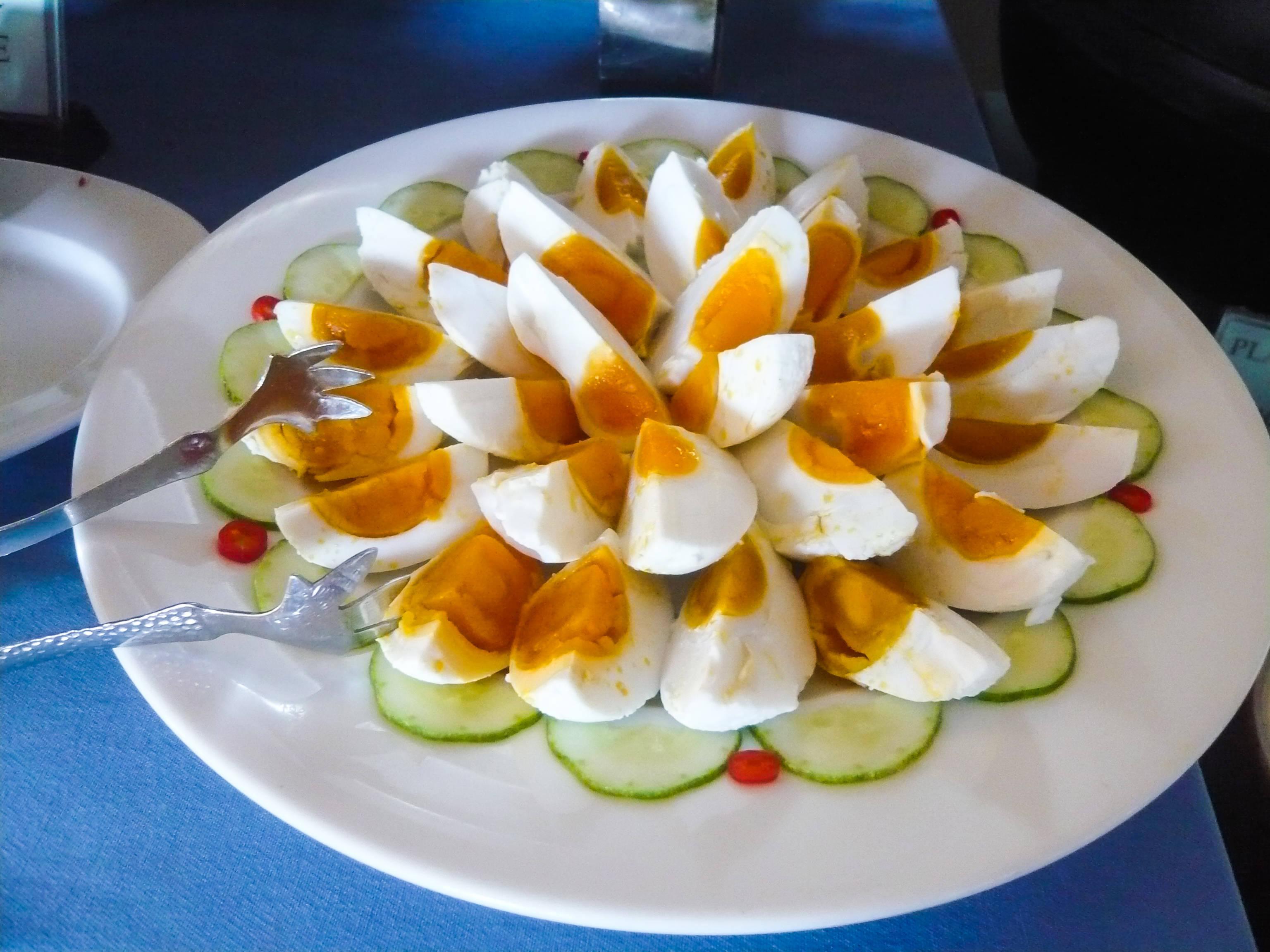 Cháo trứng vịt muối ( Porridge with salted duck eggs)