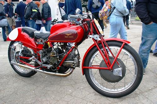 Splendide Moto Guzzi !
