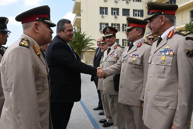 Συνάντηση ΥΕΘΑ Πάνου Καμμένου με τον Αιγύπτιο ομόλογό του Sedki Sobhi Sayed στο ΥΠΕΘΑ