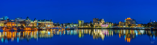 yyj victoriabc victoria vancouverisland crd innerharbour pafphotography panorama pano bc britishcolumbia canada empresshotel legislativeassemblyofbritishcolumbia royalbcmuseum sony sonya7m2 a7m2 sigma50500mm lights reflections reflection blue cityscape landscape longexposure