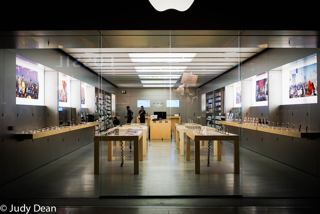 The Apple Store, Cambridge