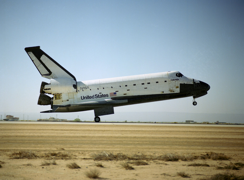 STS-40 Landing