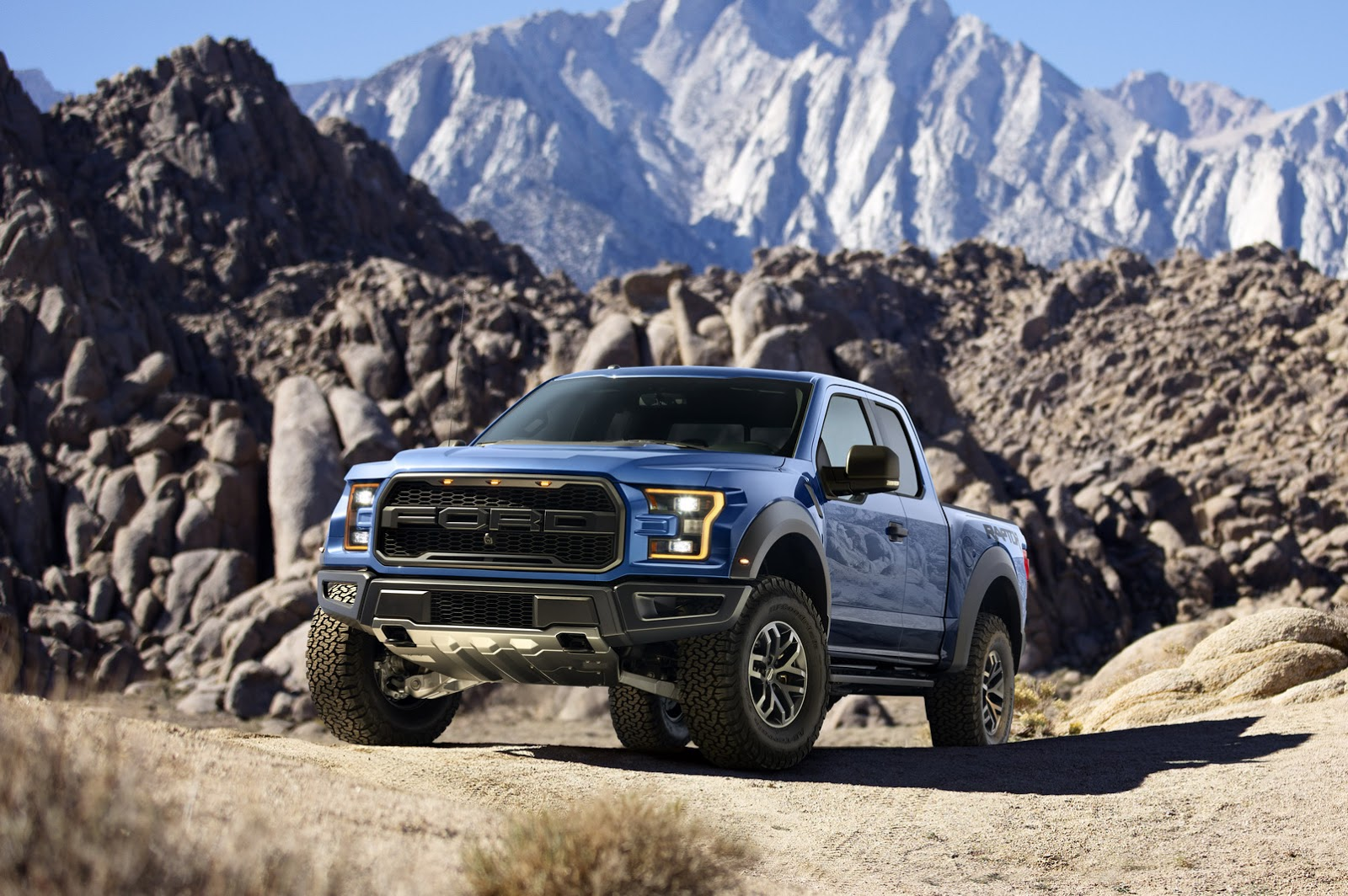 2017 Ford F150 Raptor Review