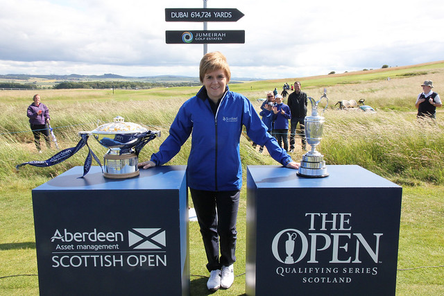 First Minister at the 2015 Scottish Open