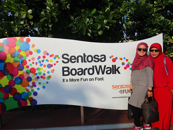 Sentosa Boardwalk Entrance