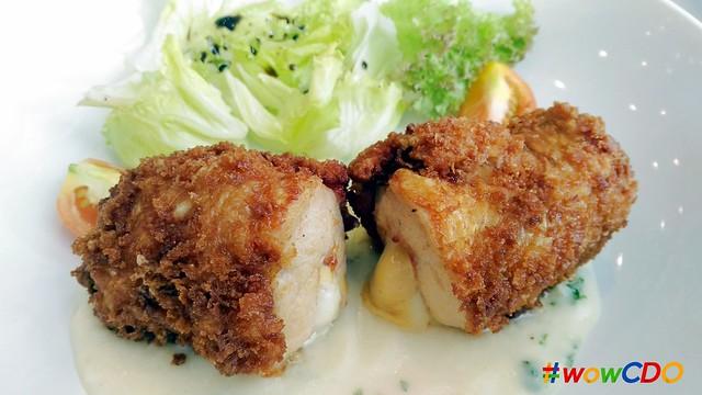 missy-bon-bon-chicken-cordon-bleu