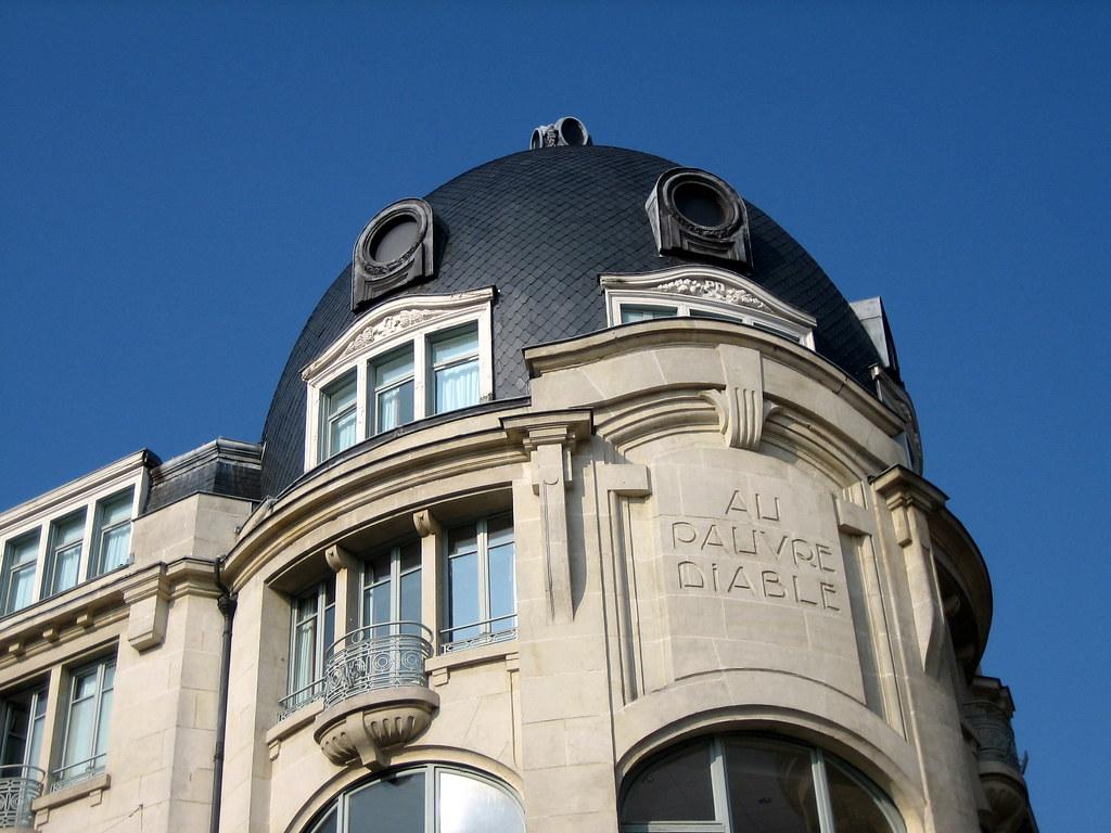 Plan Q, Femme Mure Cherche Aventure Sans Lendemain à Genève