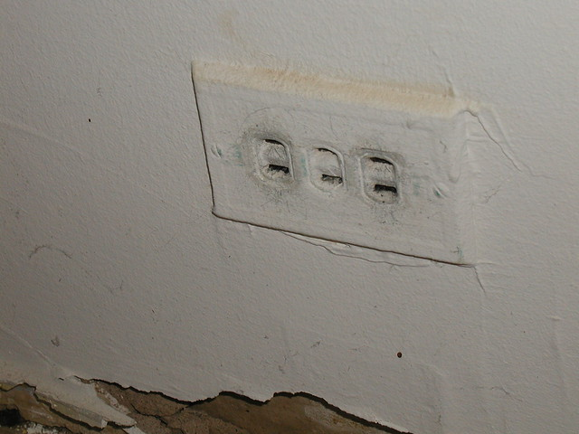 Electrical Outlets Of The World A Gallery On Flickr