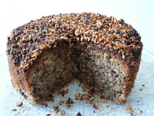 Hazelnut & chocolate cake
