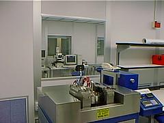 machine(1.0), room(1.0), interior design(1.0), laboratory(1.0),