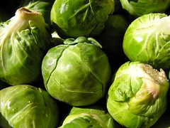 tomatillo(0.0), cabbage(1.0), vegetable(1.0), cruciferous vegetables(1.0), produce(1.0), food(1.0), brussels sprout(1.0),