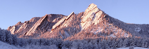 2005 panorama usa snow mountains sunrise colorado january boulder geology flatirons alpenglow hugin bouldermountainparks fountainformation perfectpanoramas