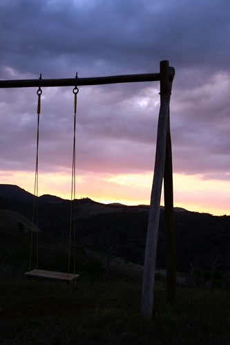 wood blue sunset sky mountains colors backlight dark violet swing lodge madagascar diegosuarez antsiranana joffreville