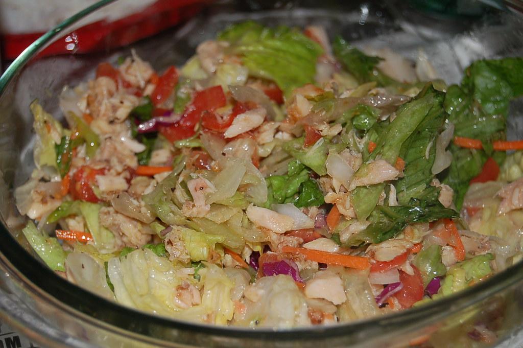 Calories tuna salad sandwich calories tuna calorie for Tuna fish salad calories