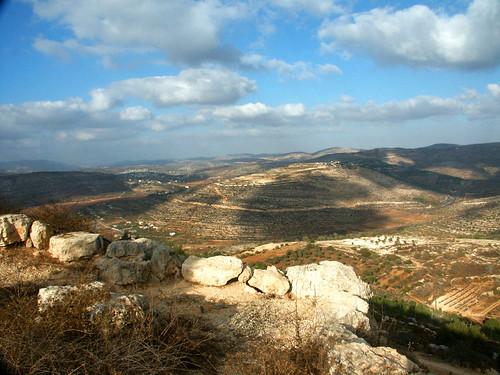 maalelevona shomron israel settlement clouds view