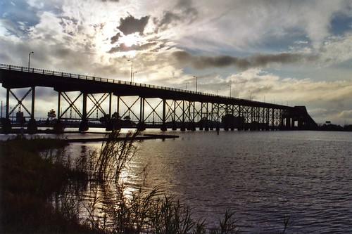 travel bridge sunset lake water river photo louisiana arch photos bridges span lakecharles bridging cantilever calcasieu bridgepixing bridgepix bridgeblog calcasieuriverbridge lakecharlesbridge