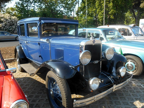 Chevrolet-International-Series AC-sedan-1929