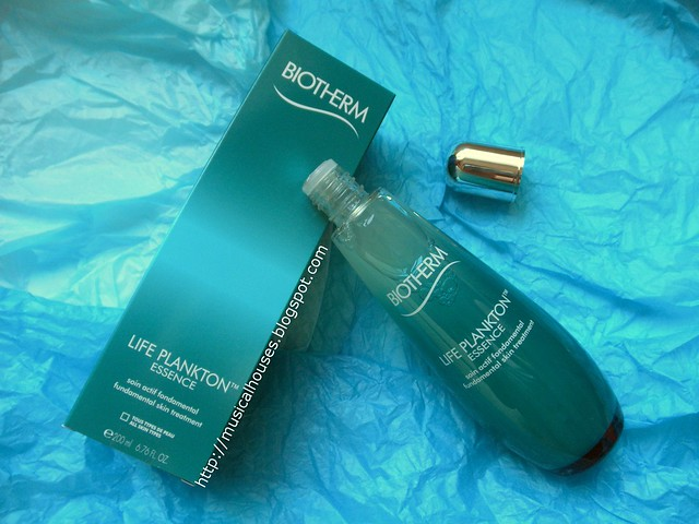 Biotherm Life Plankton Essence Bottle Box