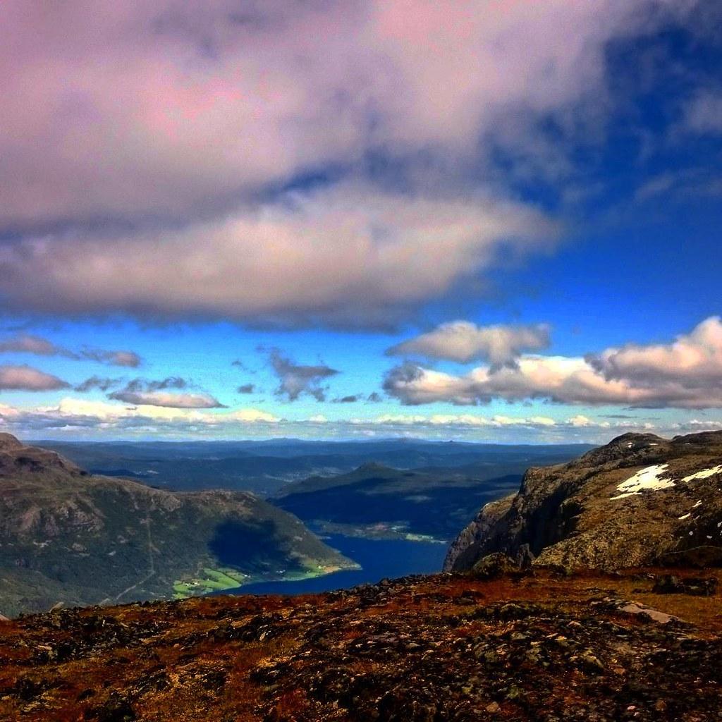 Litt av utsikten fra #Skjøld #1577moh #vang #valdres #oppland #norge #sommer #fanaposten #showusyourbird #ospreypacks #utno #yrno #turistforeningen #dnt #norgeibilder
