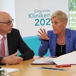 Gespräch in den Main-Kinzig-Kliniken