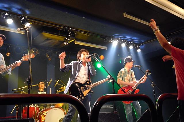 ASAKUSA69 live at 獅子王, Tokyo, 10 Jul 2015. L033
