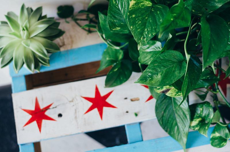 Chicago Flag Wooden Table on juliettelaura.blogspot.com