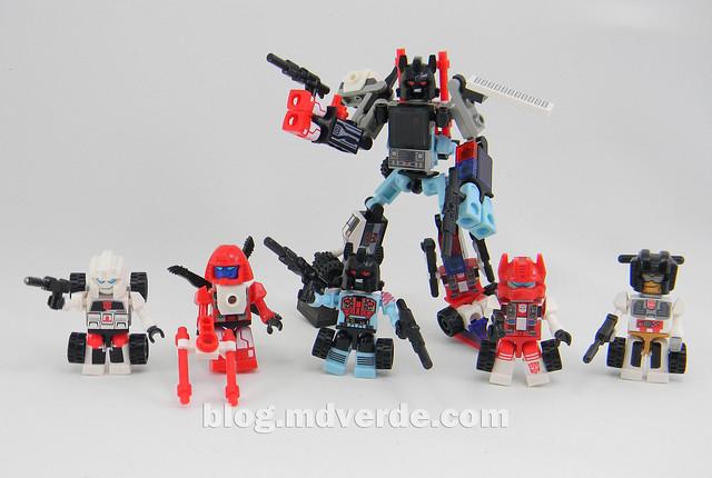 Transformers Defensor Kre-O - modo combinado vs Protectobots