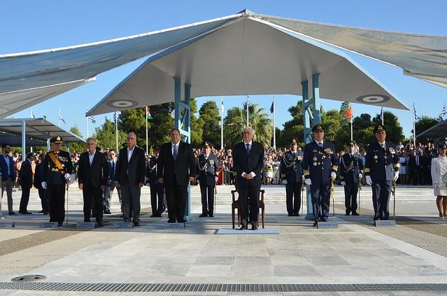 Η πολιτική και στρατιωτική ηγεσία του ΥΠΕΘΑ στην ορκωμοσία των νέων Ανθυποσμηναγών