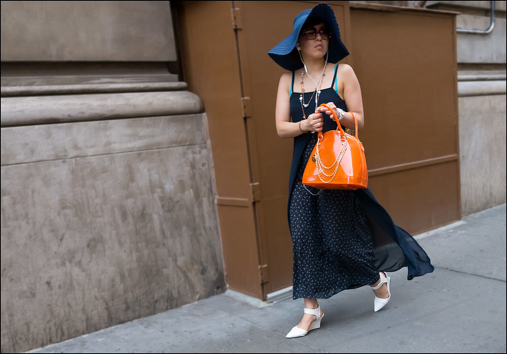 SS6-15 12 blue hat blue chimera over blue with white dots dress white shoes orange bag