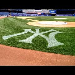 July 11, 2015 - 13:22 - On the field at Yankee Stadium. #nyy #newyork #new #york #yankees #bronx #bombers #bombers #mlb #stadium #tour