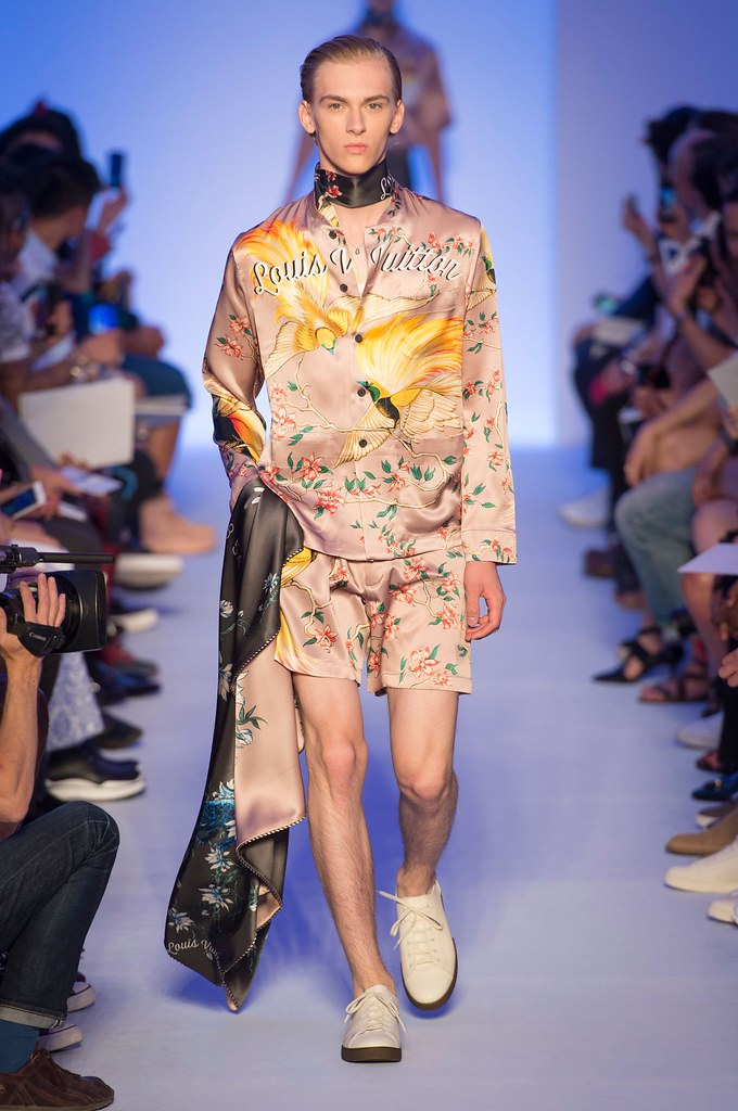Dominik Sadoch3373_SS16 Paris Louis Vuitton(fashionising.com)