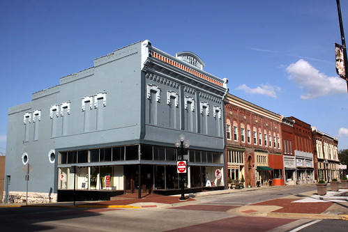 Hopkinsville, KY: 6th St. Architecture