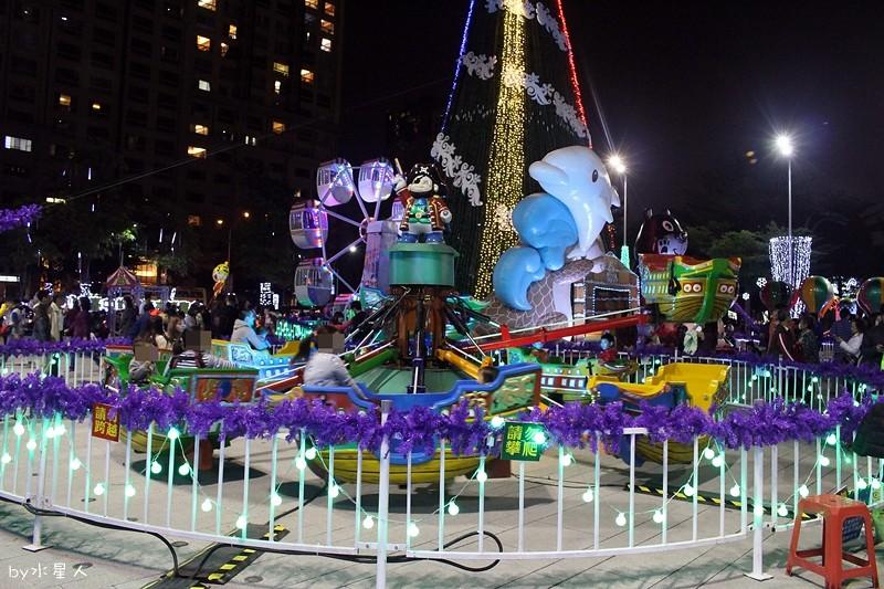 30779818273 c7a667dac5 b - 2016台中耶誕YA!耶誕嘉年華,市政廣場耶誕節系列活動,讓你白天與夜景一次看個夠