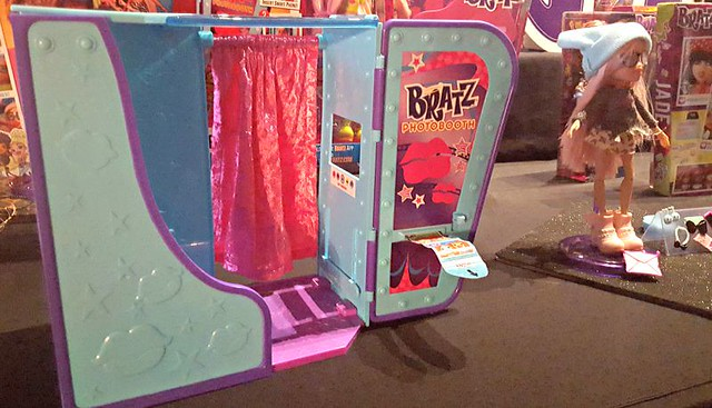 Bratz photo booth, Bratz collection