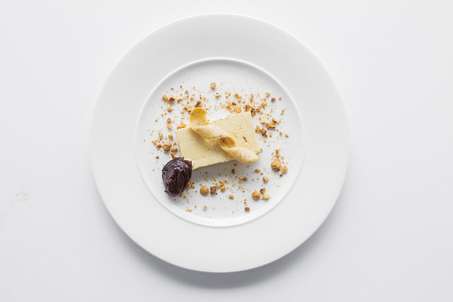 Honeycomb parfait Prunes  © ROH. Photograph by ROH Restaurants, 2017