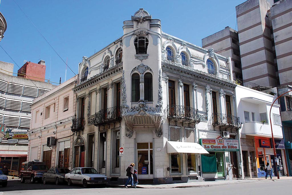 Bahia Blanca (Province de Buenos Aires) - Le Petit Herge de Buenos ...