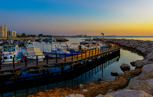 sea sunrise boats fishing cyprus bluehour larnaca psarolimano